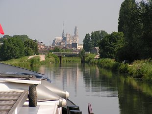 approaching Amiens from the west