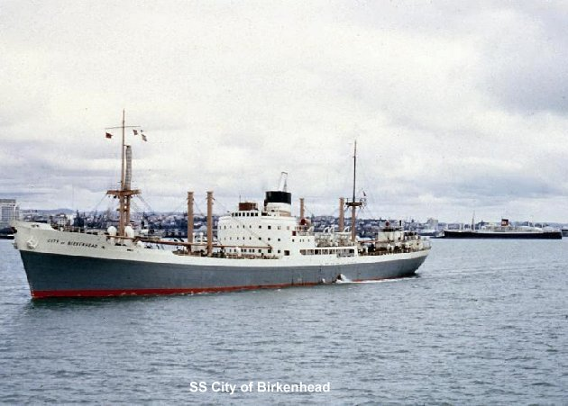 SS City of Birkenhead leaving Auckland.
