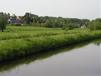 Zandbergen on the river Dender