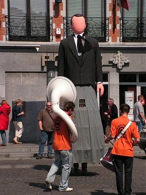 Giant with marching band in Ath