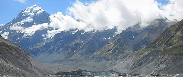 The Hooker Glacier and Mount Cook