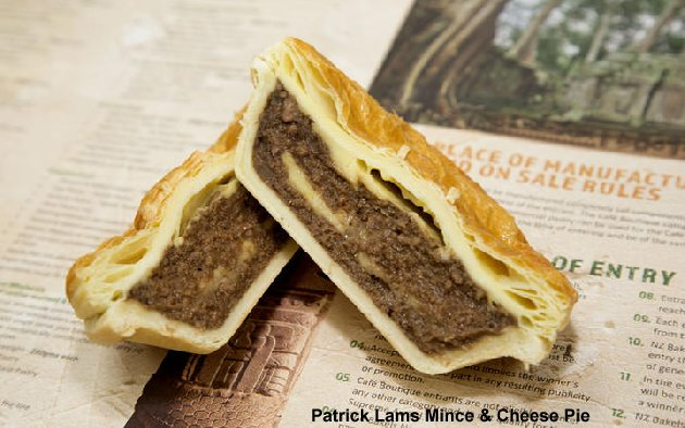 Patrick Lams mince & cheese pie