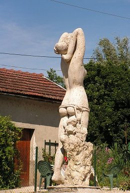 Naughty statue at Dannemoine