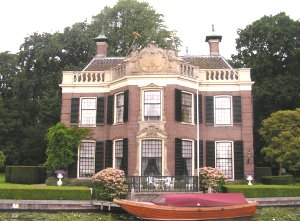 Mansion on the river Vecht